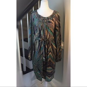 Dresses & Skirts - Dress cinched Waist STUNNING NECKLINE Size 10